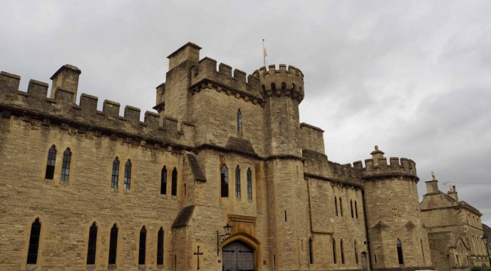 Visit Cirencester capital of the cotswolds