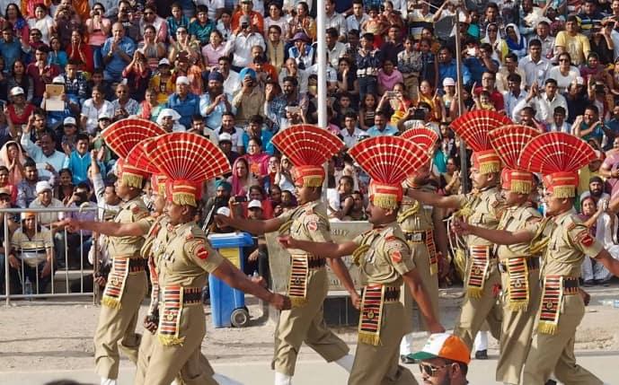 INDIA PAKISTAN WAGAH BORDER