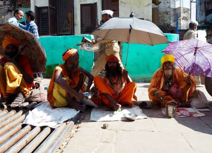 travel safety tips for varanasi