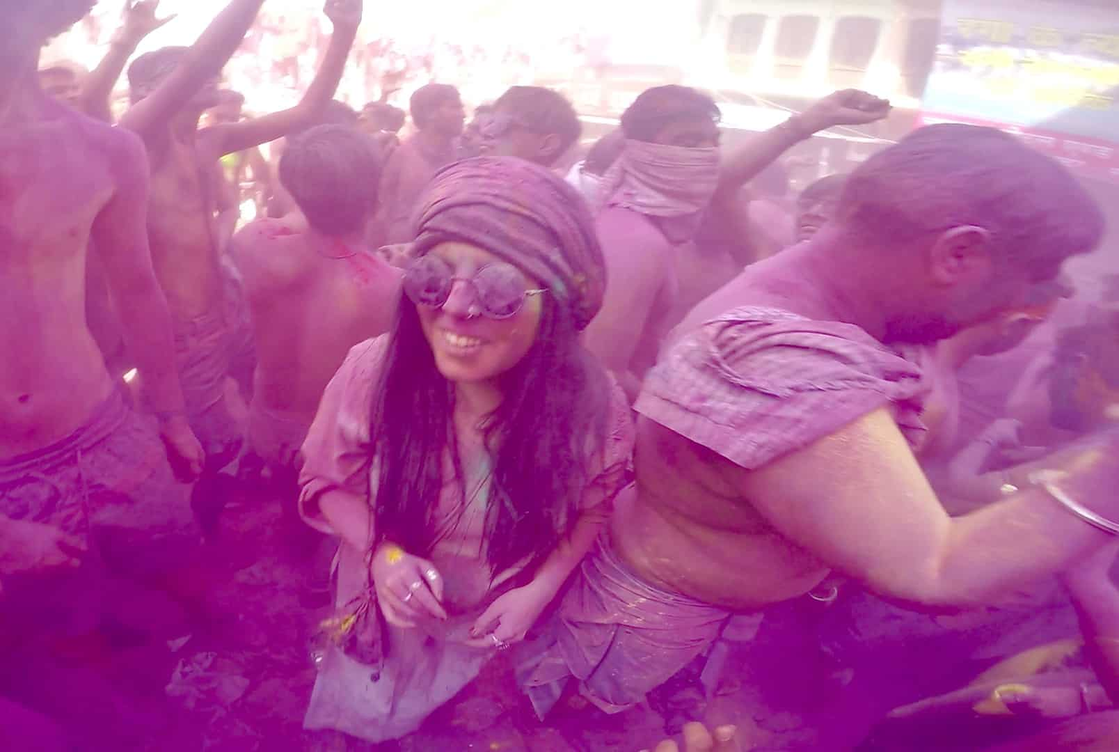 female safety tips for holi festival india