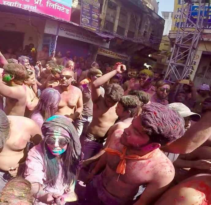 safety tips holi festival in india