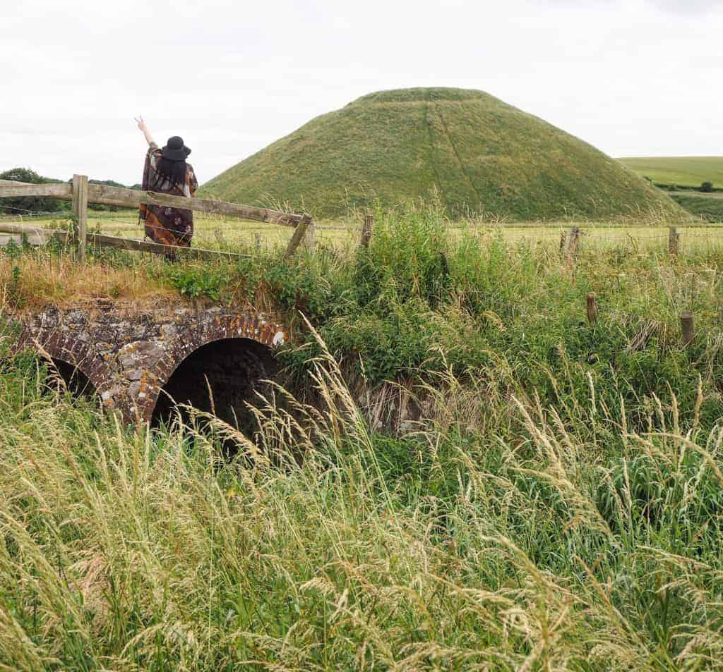Silbury Hill Avebury | places to visit in wiltshire | silbury hill wiltshire