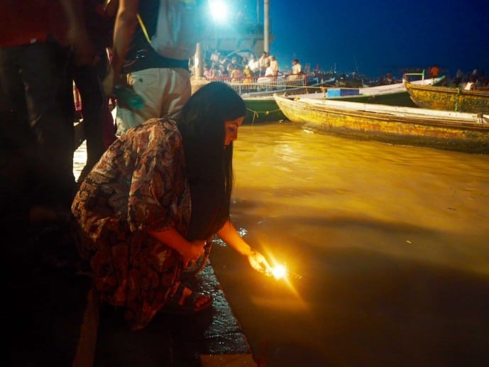 solo female travel guide to varanasi