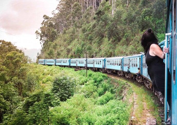 blue trains in sri lanka train travel tips