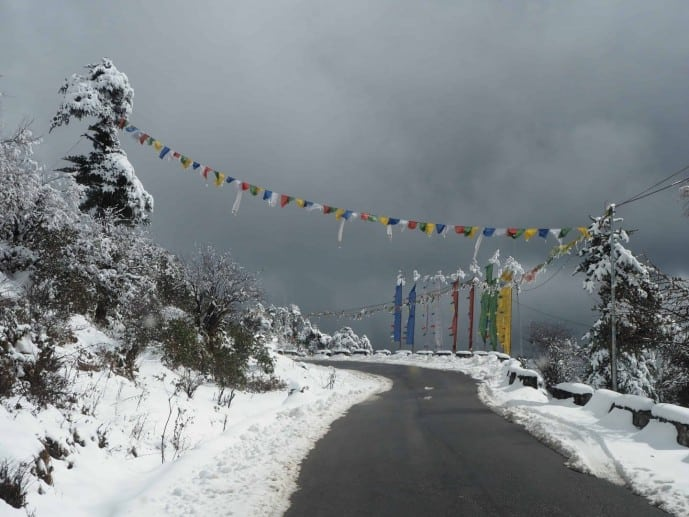 sela pass to tawang road