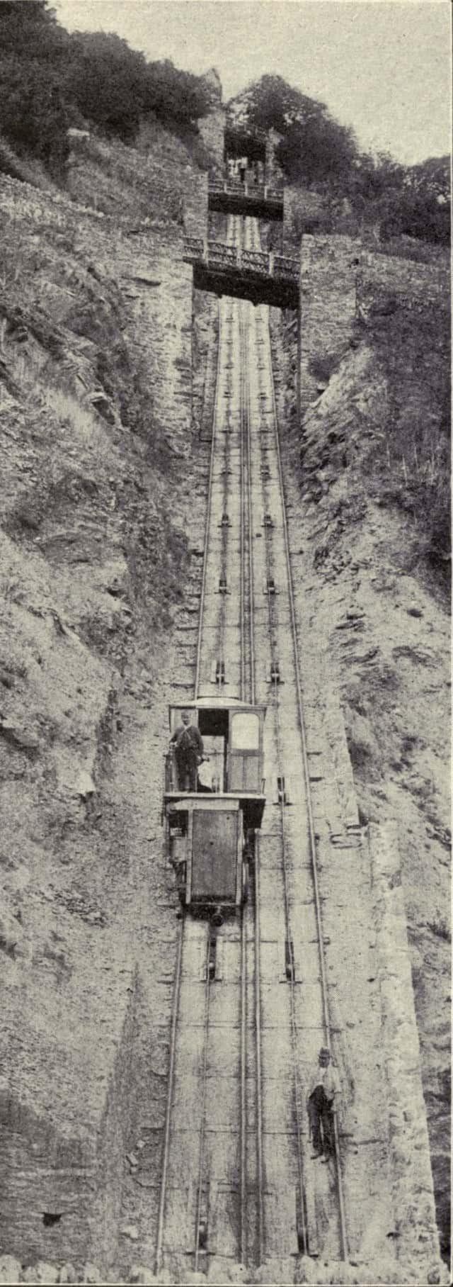 640px Lynton Cliff Railway