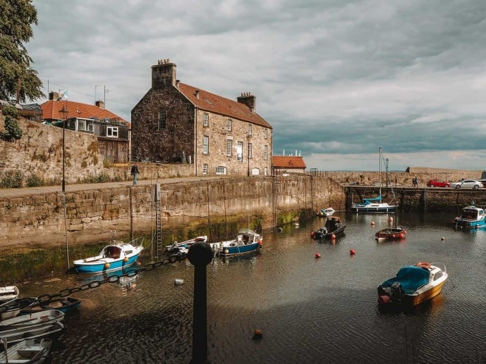 Dysart Harbour Outlander location