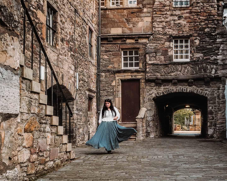 bakehouse close edinburgh outlander print shop a malcolm   Outlander locations in Edinburgh