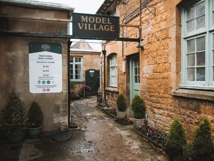 opening times bourton on the water ticket prices