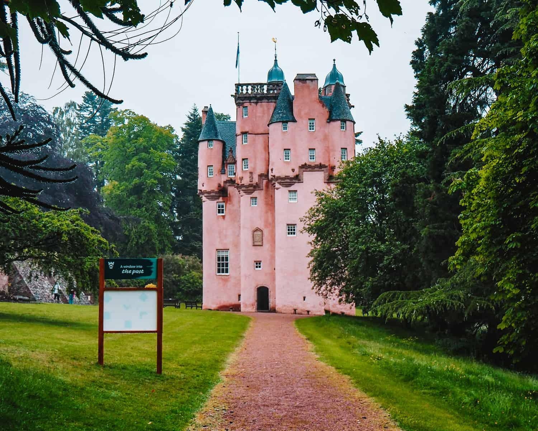 Where is the Pink Castle in Scotland | Craigievar Castle