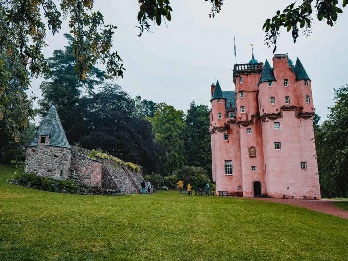 Craigievar Castle defence Wall