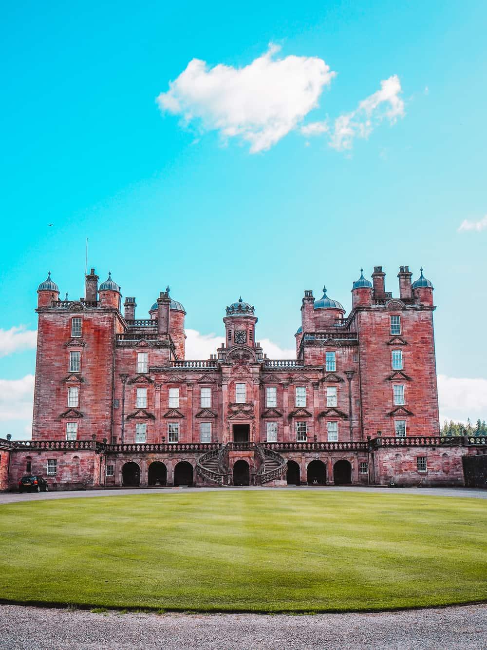 Drumlanrig Castle Outlander location
