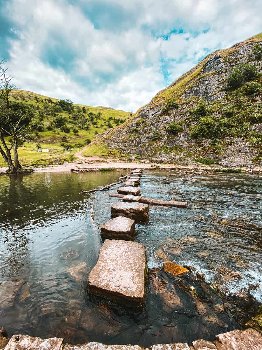 Dovedale Stepping stones Dove Valley Peak District