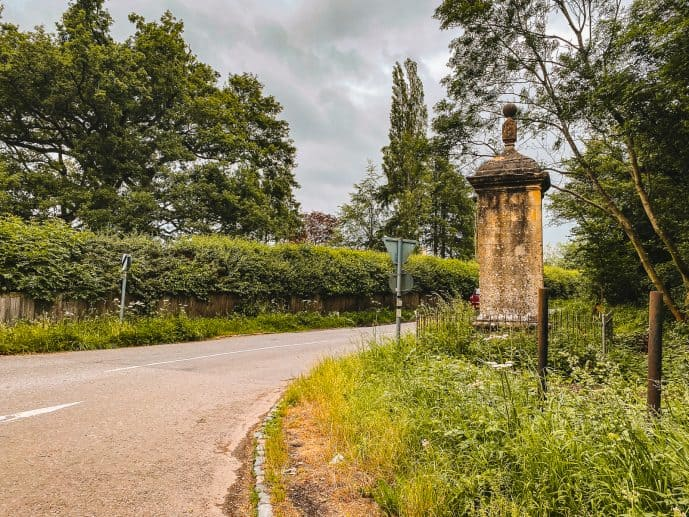 Four Shire Stone Junction A44 Road