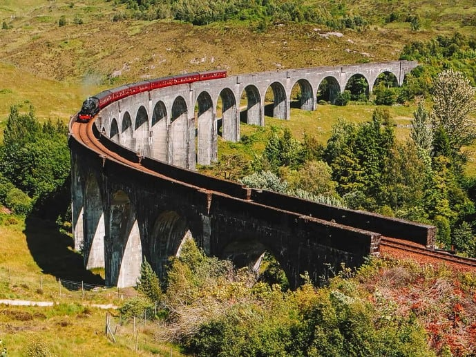Harry Potter Express at Glenfinnan Viaduct Viewpoint