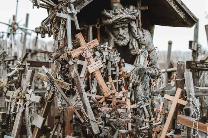 Hill of Crosses Tour