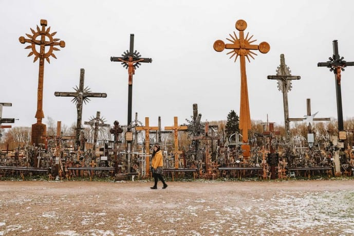 how to get to the Hill of Crosses from Vilnius