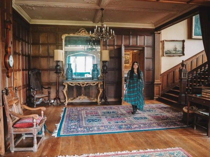 where is Outlander filmed?