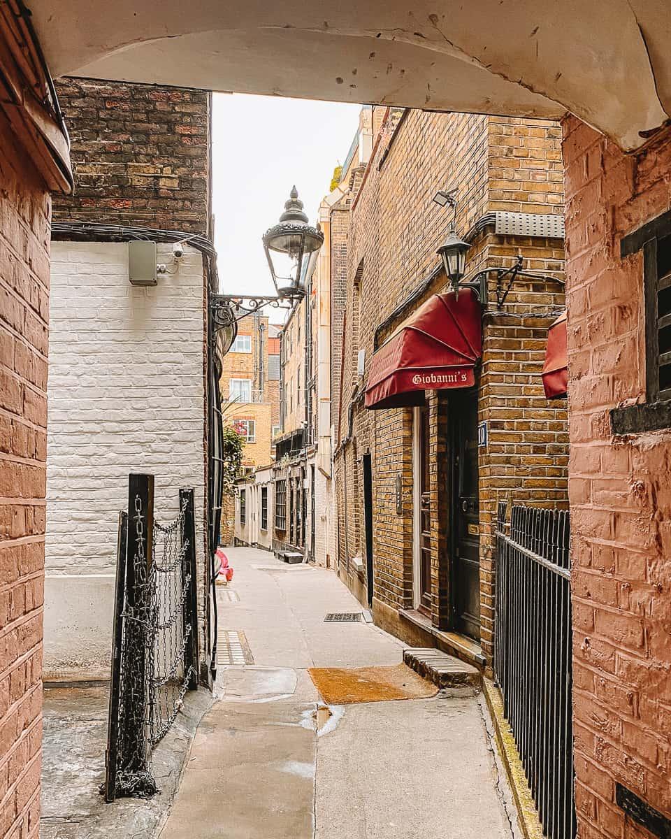 Bedfordbury Alleyway to Goodwin's Court London
