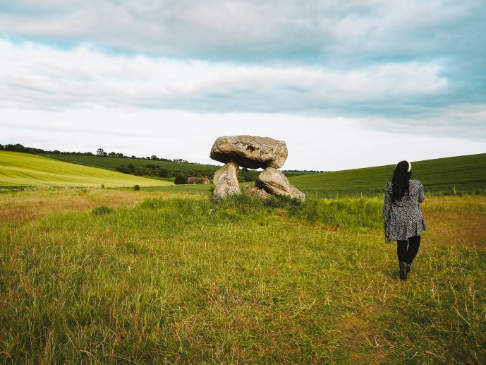 How to find the Devil's Den in Avebury