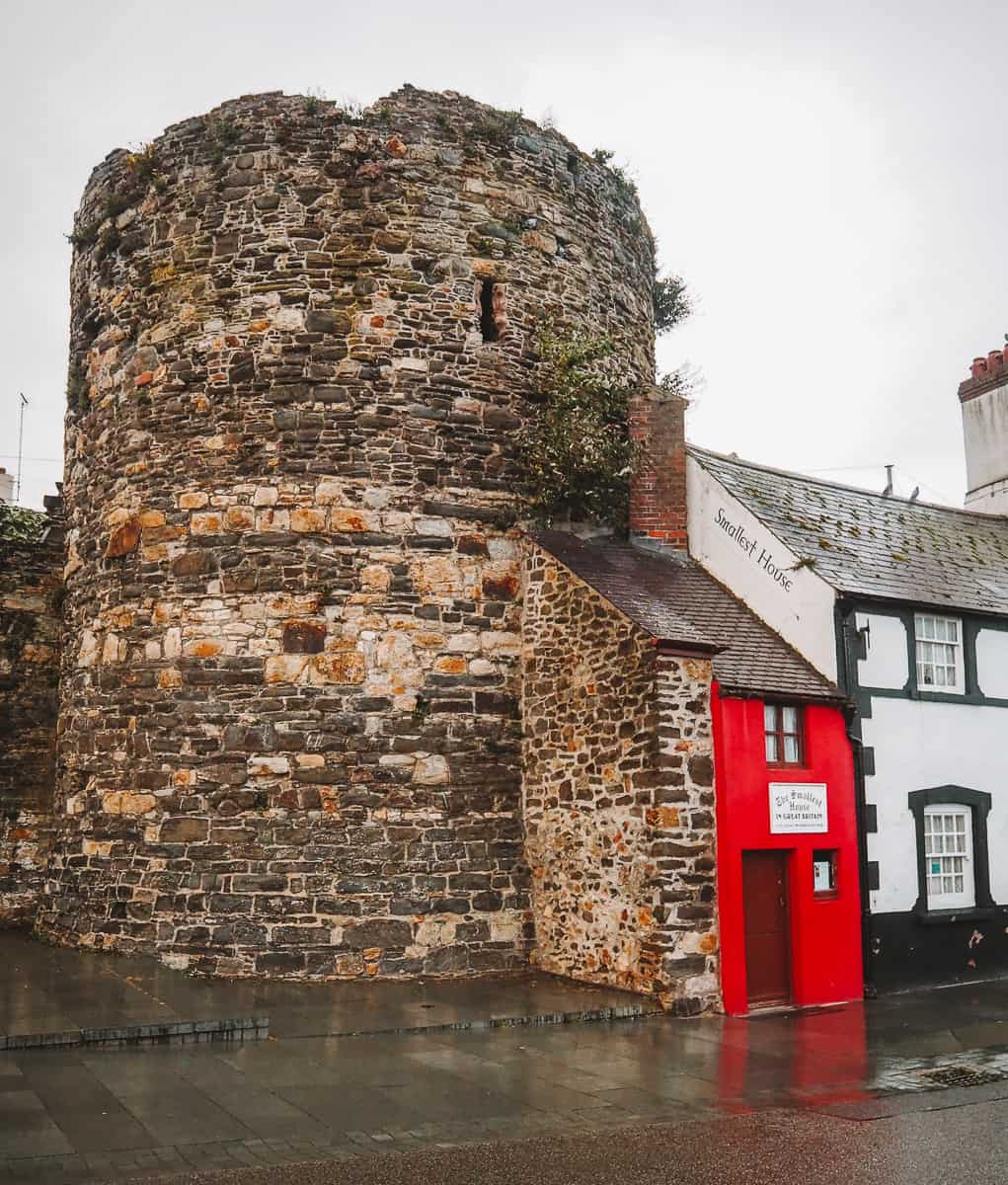 Smallest House Conwy