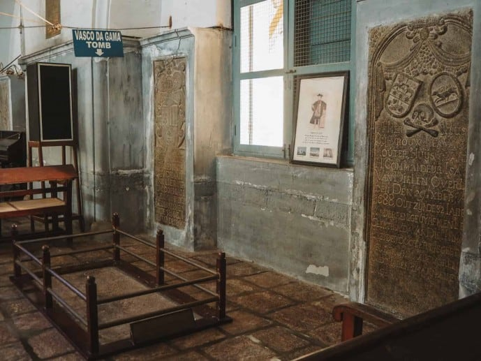 The tomb of Vasco De Gama in St. Francis' Church | Things to do in Fort Kochi