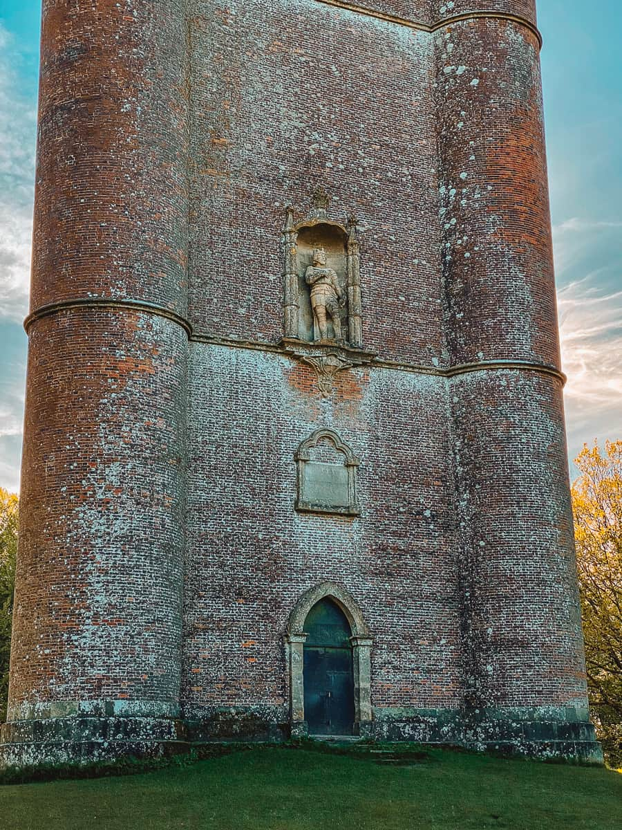 King Alfred's Tower statue and inscription