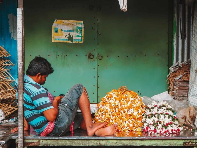 Flower seller at Mallick Ghat