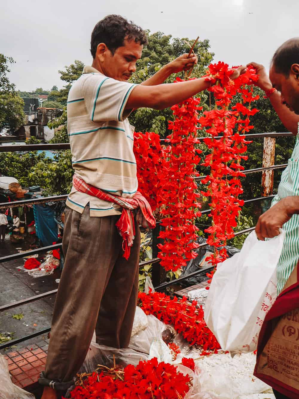 selling flower garlands india flower market