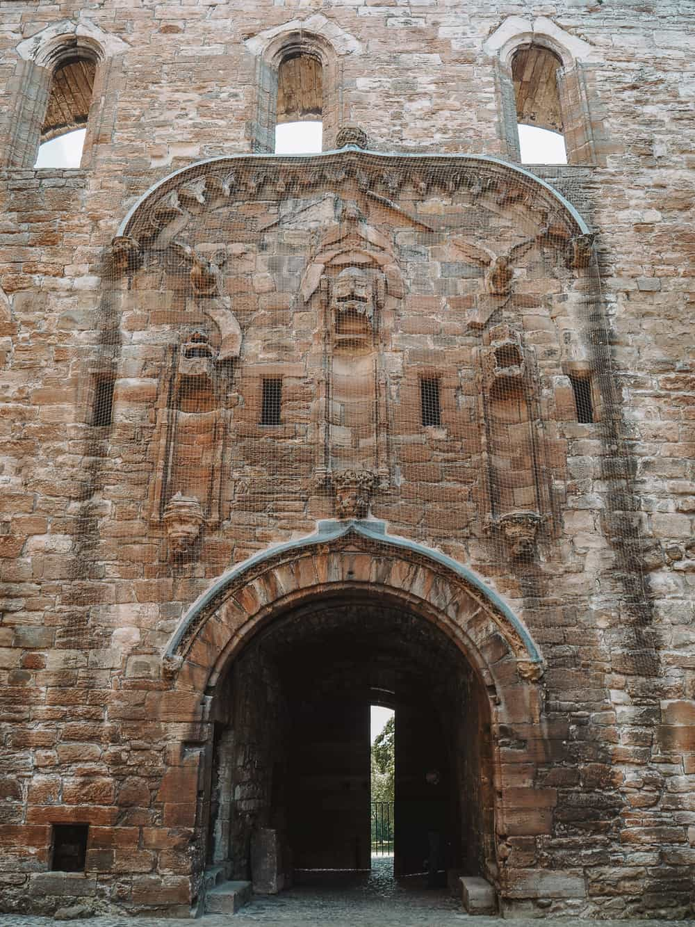 Linlithgow Palace old gate entrance