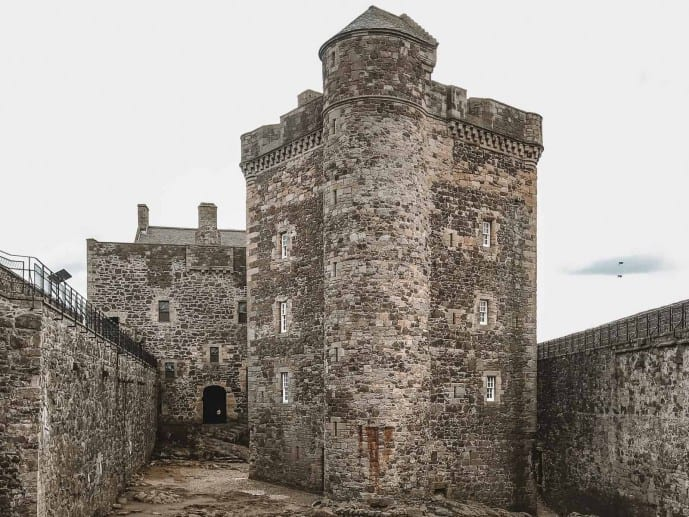 Blackness Castle Outlander Fort William scene