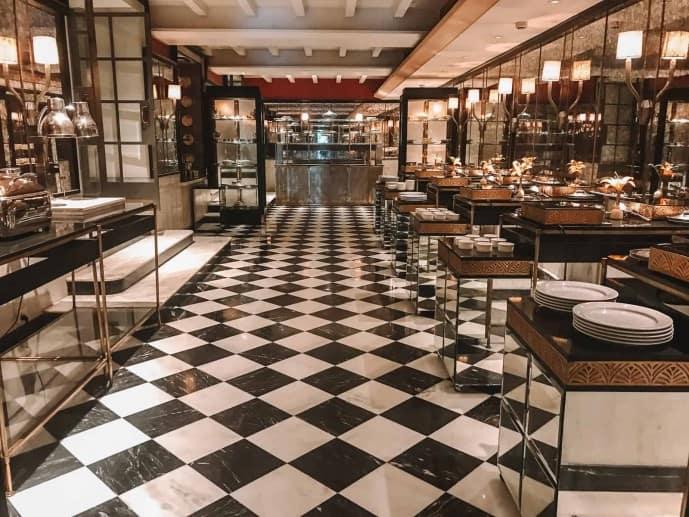 Pearls and Chiffon Restaurant