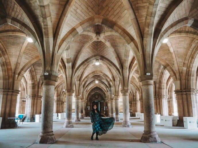 University of Glasgow Outlander location as Havard University Boston