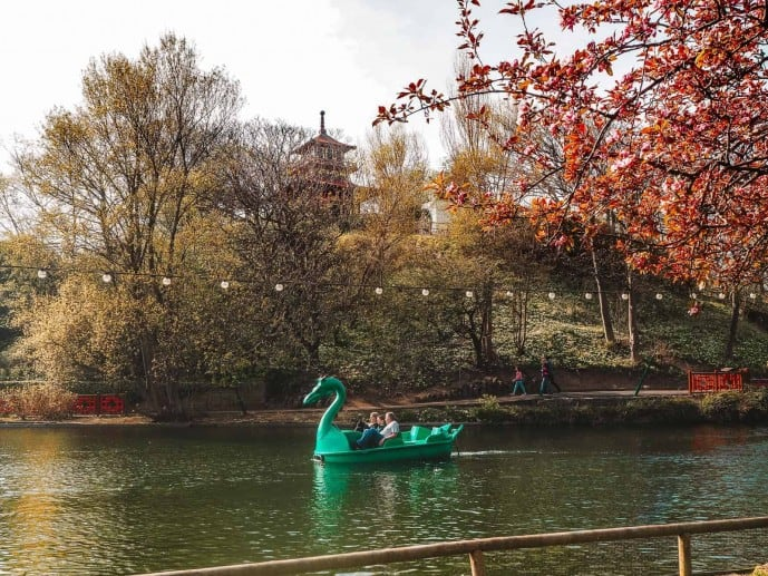Peasholm Park dragon boats