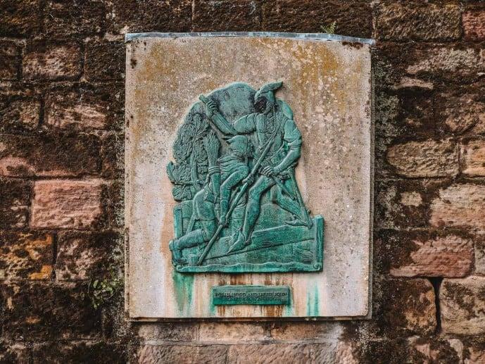Robin Hood fighting Little John plaque nottingham