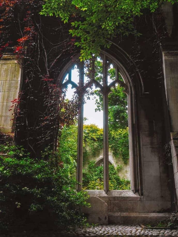 St Dunstan in the East Church Garden