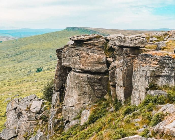 Keira Knightly Rock Stanage Edge