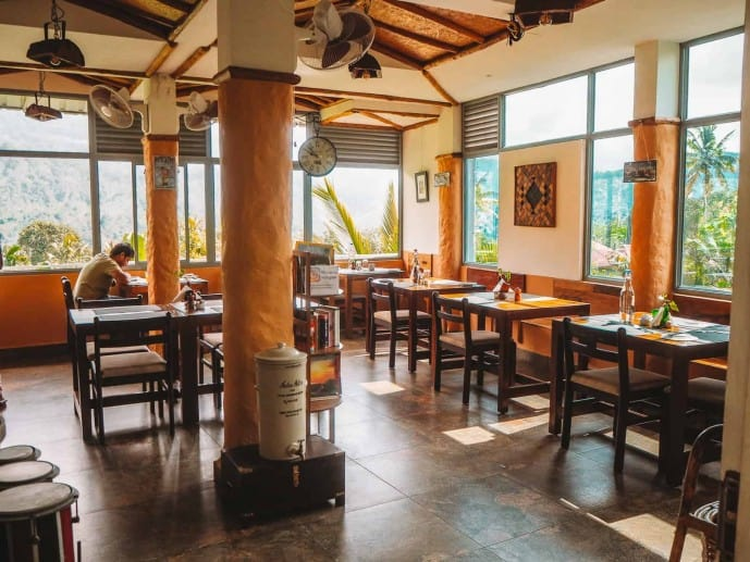 Mistletoe Munnar restaurant cafe