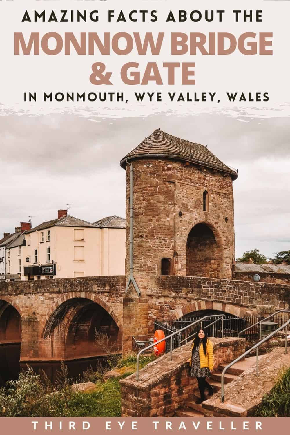 Monnow Bridge and Gate in Wye Valley Monmouth Wales