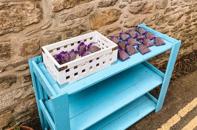 Lacock honesty stalls lavender pouches for sale