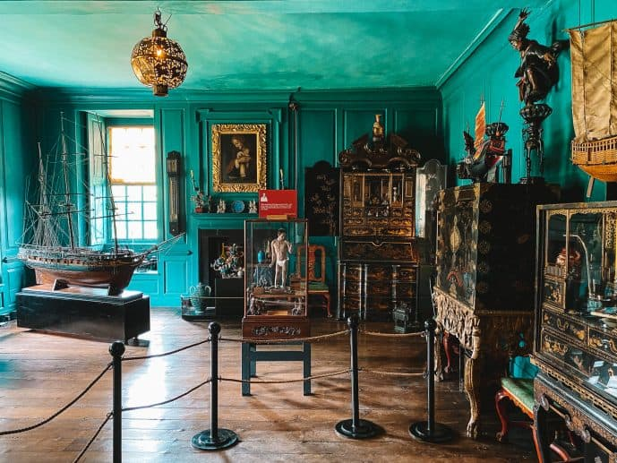 Turquoise room in Snowshill Manor
