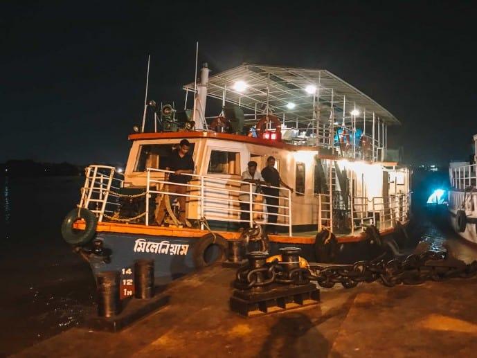 Vivada Cruise ship in Kolkata