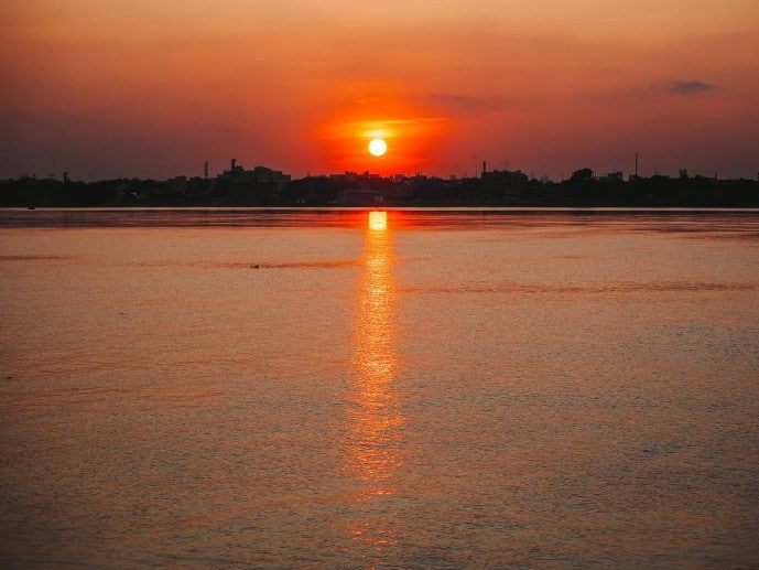 Sunset Ganges river cruise in Kolkata on the Hooghly River!