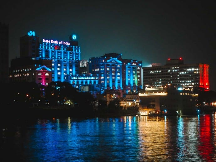 SBI in Kolkata lit up at night!