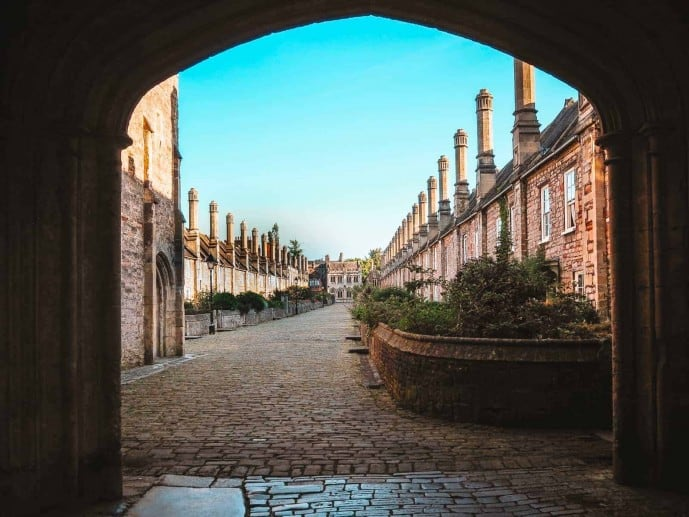 Vicar's Close Wells Archway