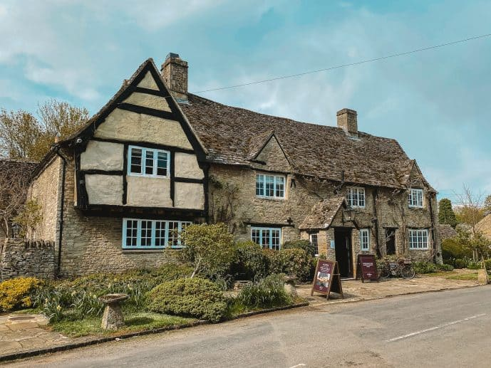 Minster Lovell Pub, the old swan