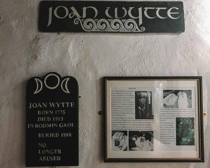 Joan Wytte Tomb