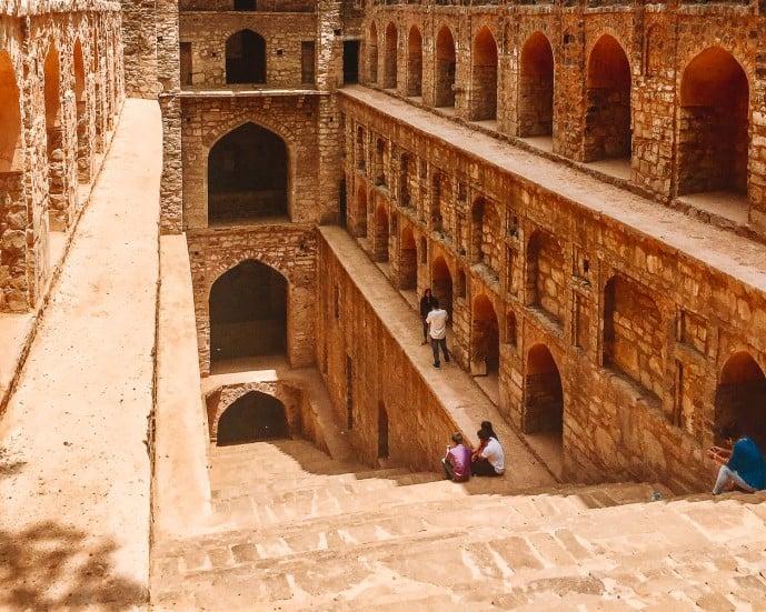 Agrasen Ki Baoli Delhi Stepwell with steps leading down