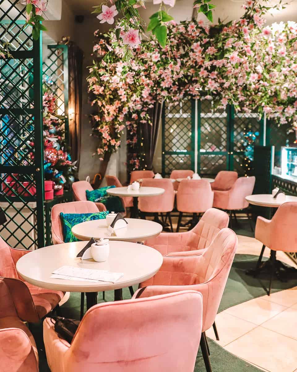 Augustas ir Barbora Love Story Cafe