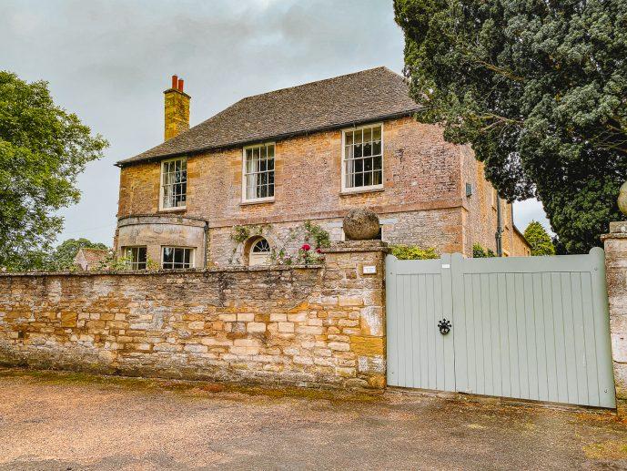 Bampton Downton Abbey village filming location